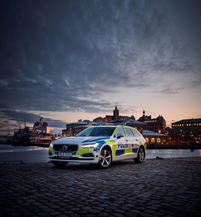 201331_Volvo_V90.jpg